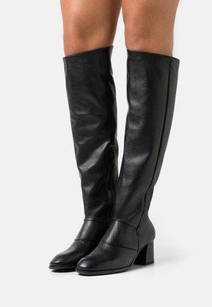 KIRIL - Over-the-knee boots - twistet nero