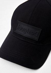 Desigual - Cap - black - 4