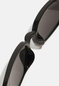 Pier One - UNISEX - Lunettes de soleil - black - 3