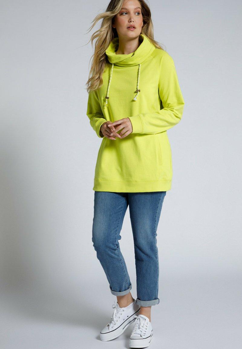 Ulla Popken - Sweatshirt - gelbgrün