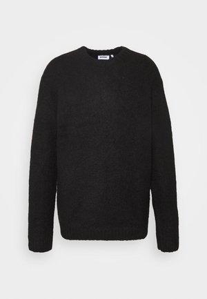 KALLE - Stickad tröja - black
