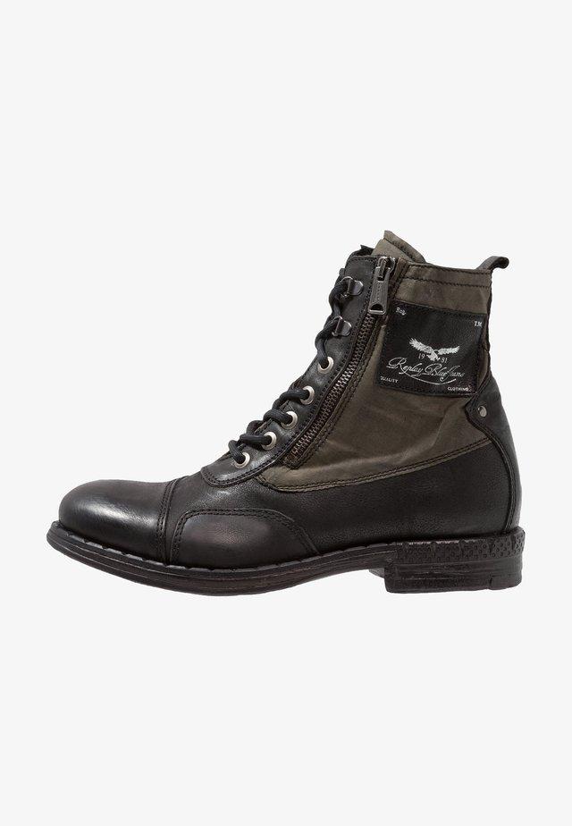 WICKHAM - Bottines à lacets - black