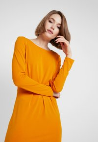 Vila - Day dress - golden oak - 4