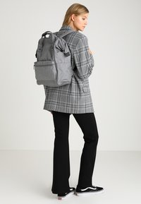 anello - TOTE BACKPACK UNISEX - Rygsække - grey - 6