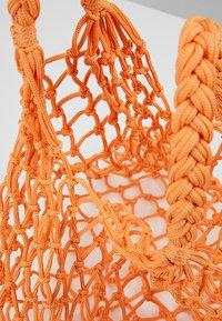 Monki - NICOLE BAG UNIQUE - Shopping bag - orange - 4