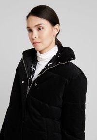 Calvin Klein Jeans - PUFFER JACKET - Zimní bunda - black - 3