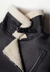 Mango - ADRI-I - Light jacket - schwarz - 8
