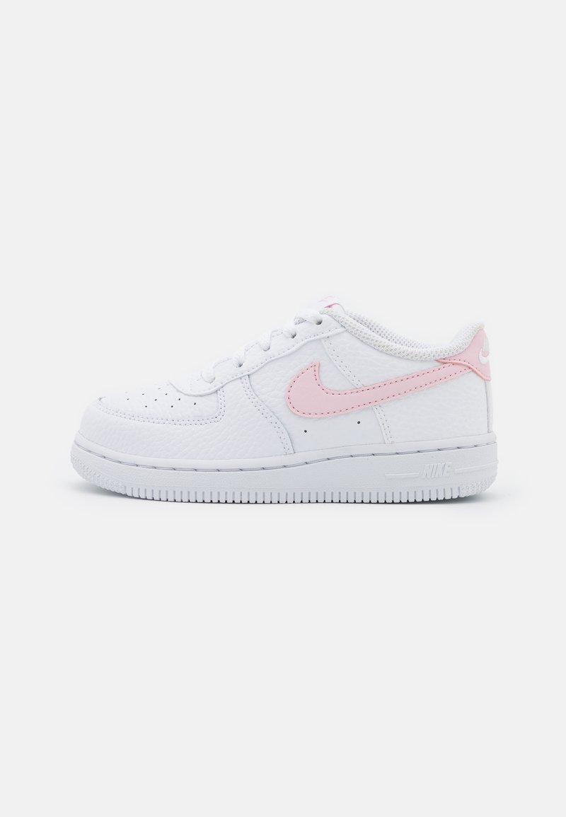 Nike Sportswear - FORCE 1 UNISEX - Zapatillas - white/pink foam