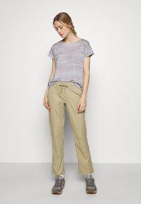 The North Face - WOMEN'S APHRODITE PANT - Ulkohousut - twill beige - 1