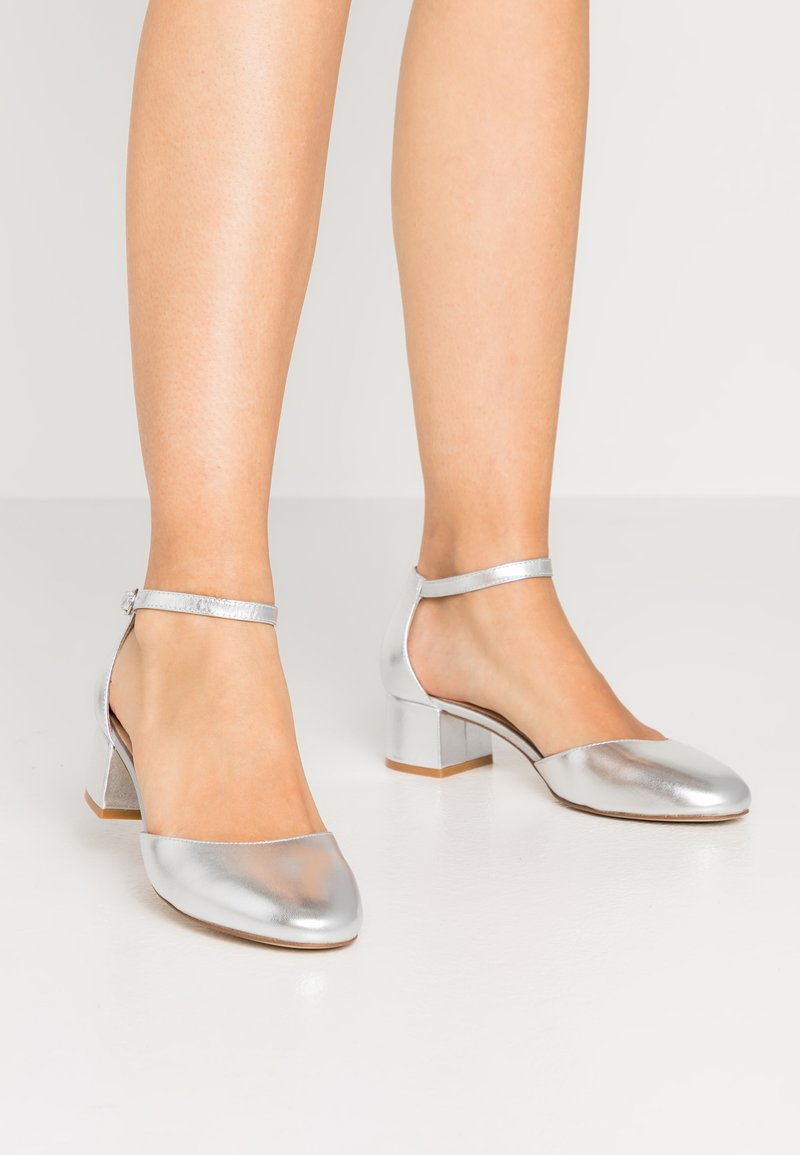 Anna Field - LEATHER CLASSIC HEELS - Tacones - silver