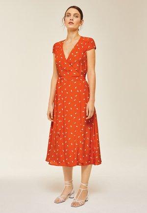 Korte jurk - mini leaf mandarine red