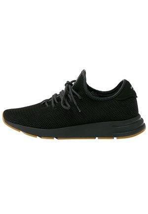 URBANE SNEAKER MIT SEITLICHEN ELEMENTEN  - Sneakers - black