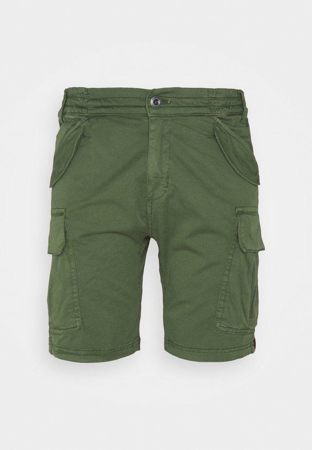 AIRMAN - Shorts - vintage green