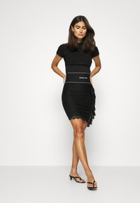 Guess - REGINA SKIRT - Pencil skirt - jet black - 3