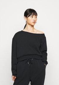 Even&Odd Petite - SET OFF  - Sweatshirt - black - 0