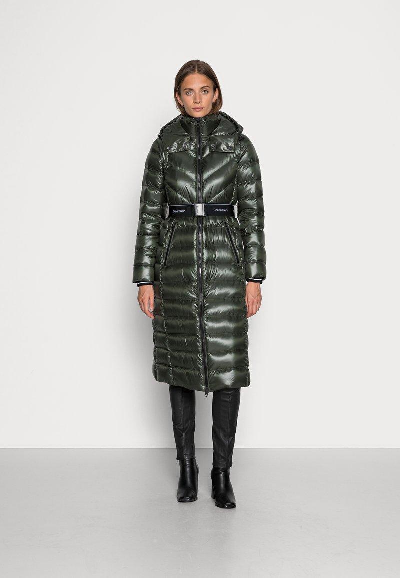 Calvin Klein - LOFTY COAT - Down coat - dark olive