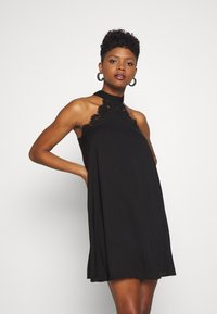 Vero Moda - VMLOVELY HALTERNECK SHORT DRESS - Cocktailkjole - black - 0