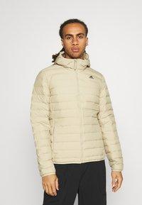adidas Performance - VARILITE SOFT HOODED - Down jacket - savann - 0