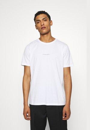 ETHAN PRINT TEE - T-shirt print - white