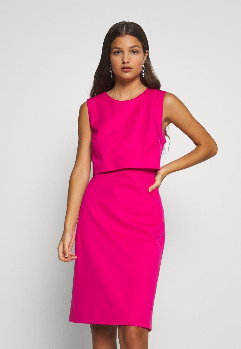 J.CREW PETITE - SPRING SHOWERS DRESS BISTRETCH  - Etui-jurk - soft fuchsia
