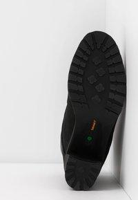Timberland - ALLINGTON 6IN LACE UP - Šněrovací kotníkové boty - black - 6