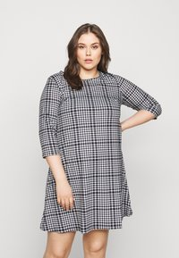 CAPSULE by Simply Be - 3/4 SLEEVE SWING - Jersey dress - dogtooth - 0