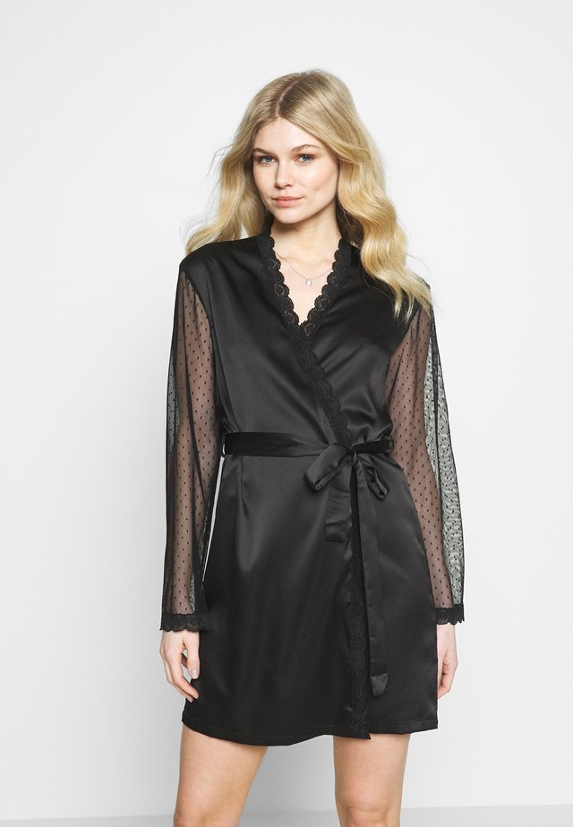 LABRYA KIMONO - Dressing gown - black