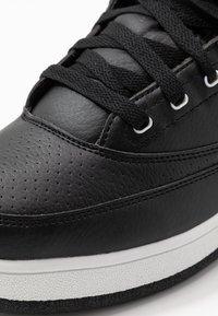 Ewing - 33 HI - Höga sneakers - black/white - 4