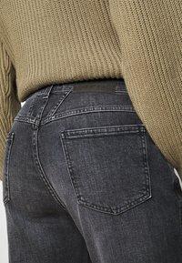 CLOSED - PEDAL PUSHER - Jean droit - dark grey - 3