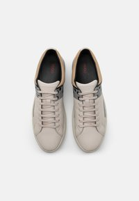 HUGO - FUTURISM - Trainers - open white - 3