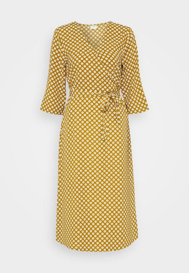 JDYLION WRAP DRESS - Day dress - golden brown