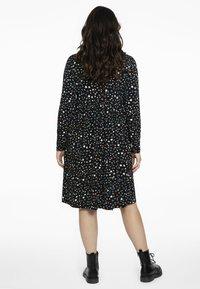 Yoek - MET STERRENPRINT - Jersey dress - black - 2