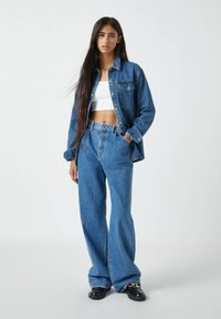 PULL&BEAR - Flared Jeans - blue - 1