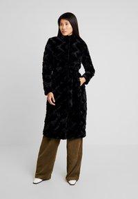 Vero Moda - Classic coat - black - 1