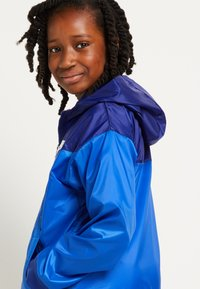 Nike Sportswear - WINDRUNNER - Training jacket - game royal/deep royal blue - 3