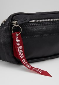 Alpha Industries - WAISTBAG - Bum bag - black - 2