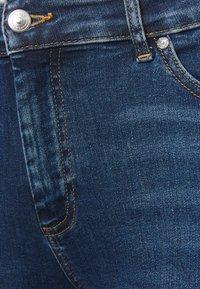 ONLY Carmakoma - CARWILLY LIFE DETROY - Jeans Skinny Fit - light blue denim - 2