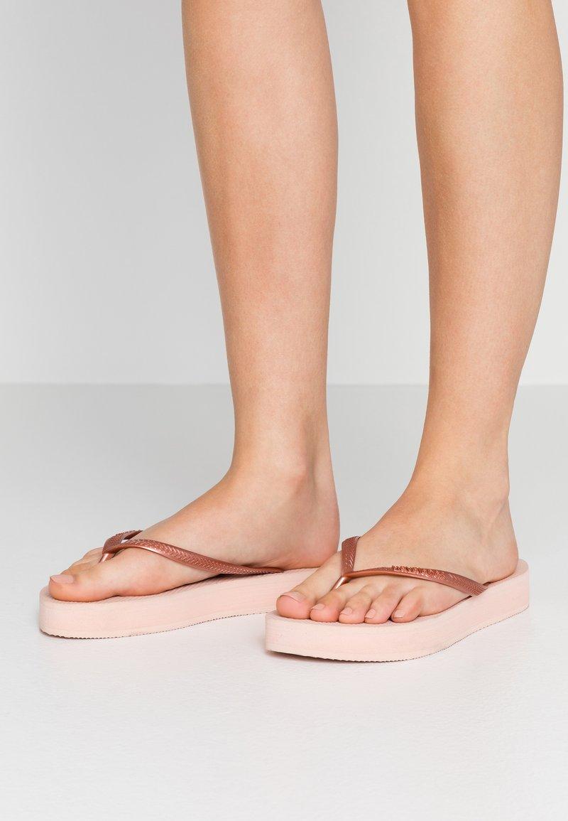 Havaianas - SLIM FLATFORM - Pool shoes - ballet rose