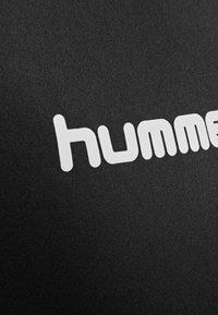 Hummel - 2 PIECE SET - Korte sportsbukser - black - 7