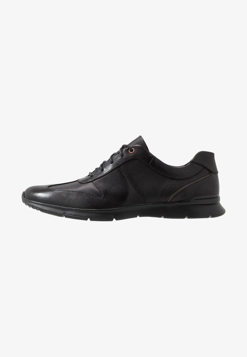 Clarks - TYNAMO TIE - Sneakers basse - black