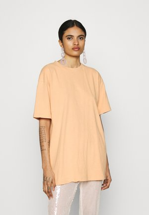 WASHED OVERSIZE - Jednoduché triko - orange