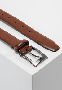 Burton Menswear London - TEXT BUCKLE - Belt - brown - 2