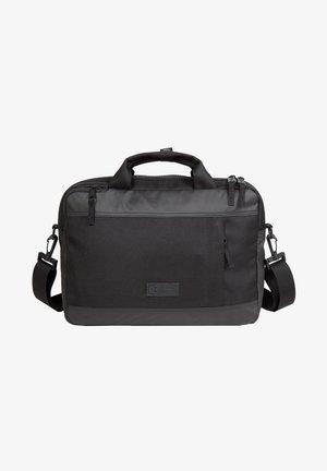 Briefcase - cnnct coat