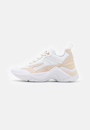 FASHION - Sneakers laag - white