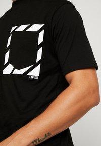 FAKTOR - KNOXX TEE - T-shirt - bas - black - 4