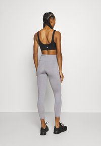Cotton On Body - ACTIVE HIGH WAIST CORE 7/8 - Punčochy - mid grey marle - 2