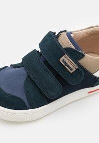 Bisgaard - LEVI UNISEX - Sneakers laag - navy - 5