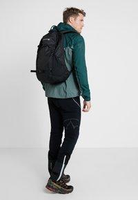 Burton - DAYHIKER 25L              - Backpack - true black - 1