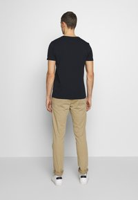 Tommy Hilfiger - TEE - Printtipaita - blue - 2