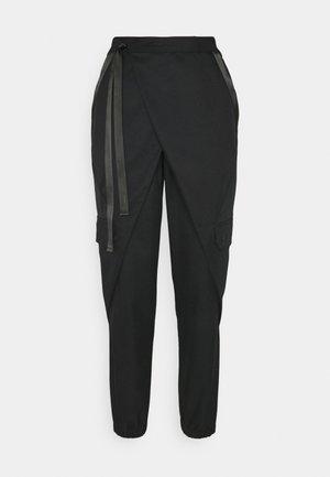 UTILITY PANT FUTURE - Cargo trousers - black/black oxidized